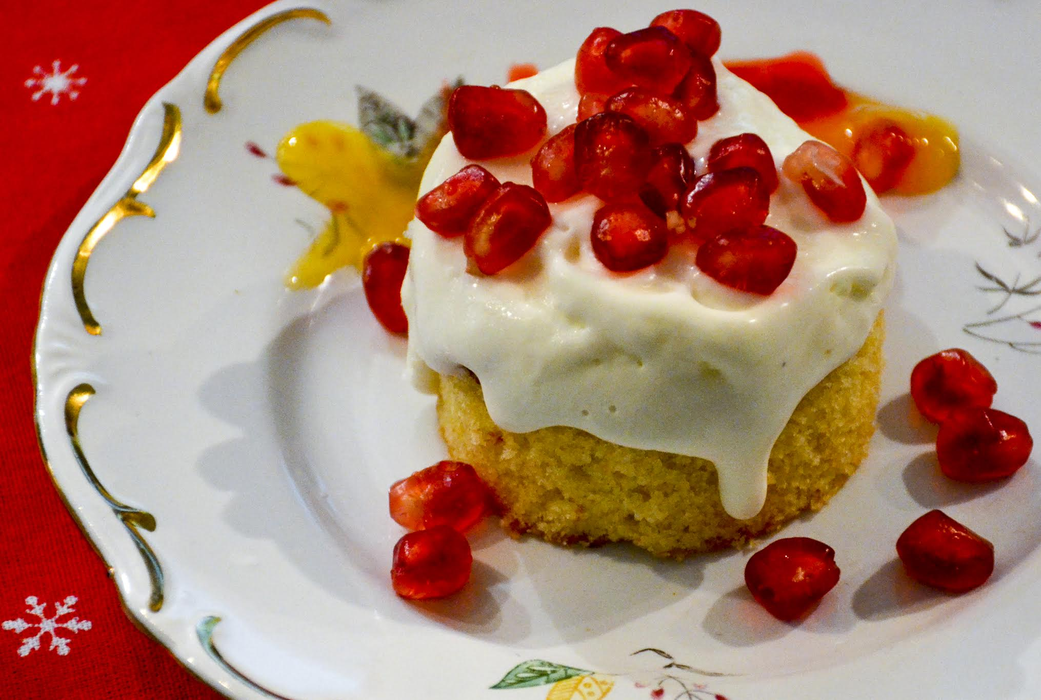 Pomegranate-lemon-and-feta-cream-dessert