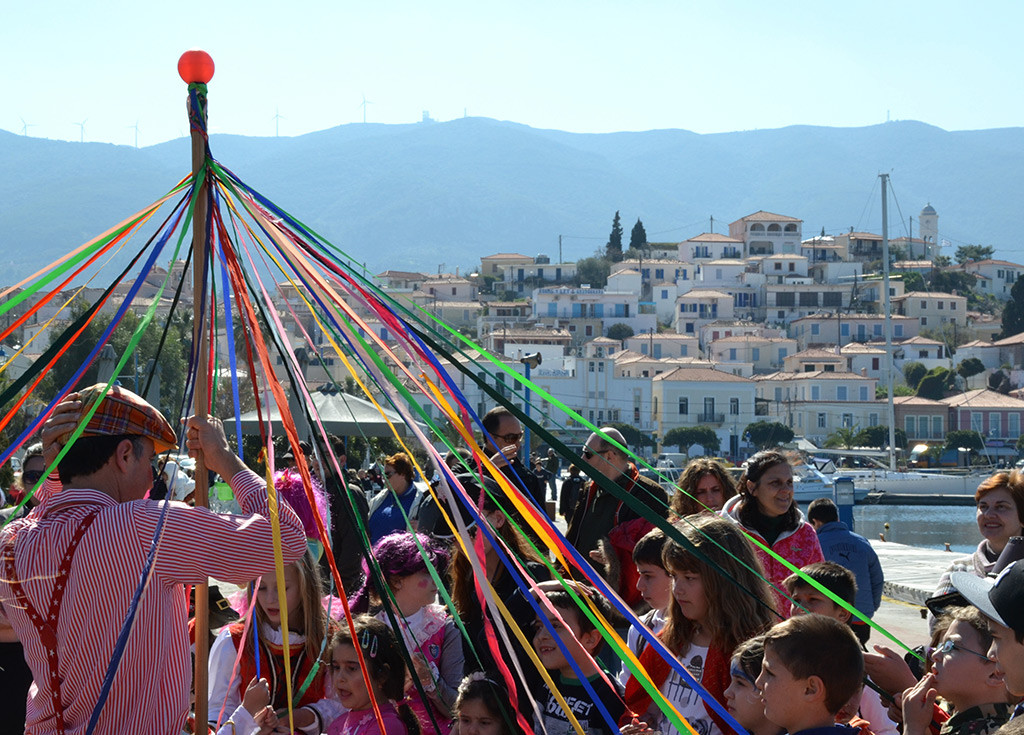 Greek-Carnival-on-Poros