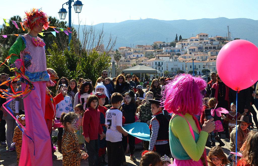 Partying-during-Greek-Carnaval-on-Poros