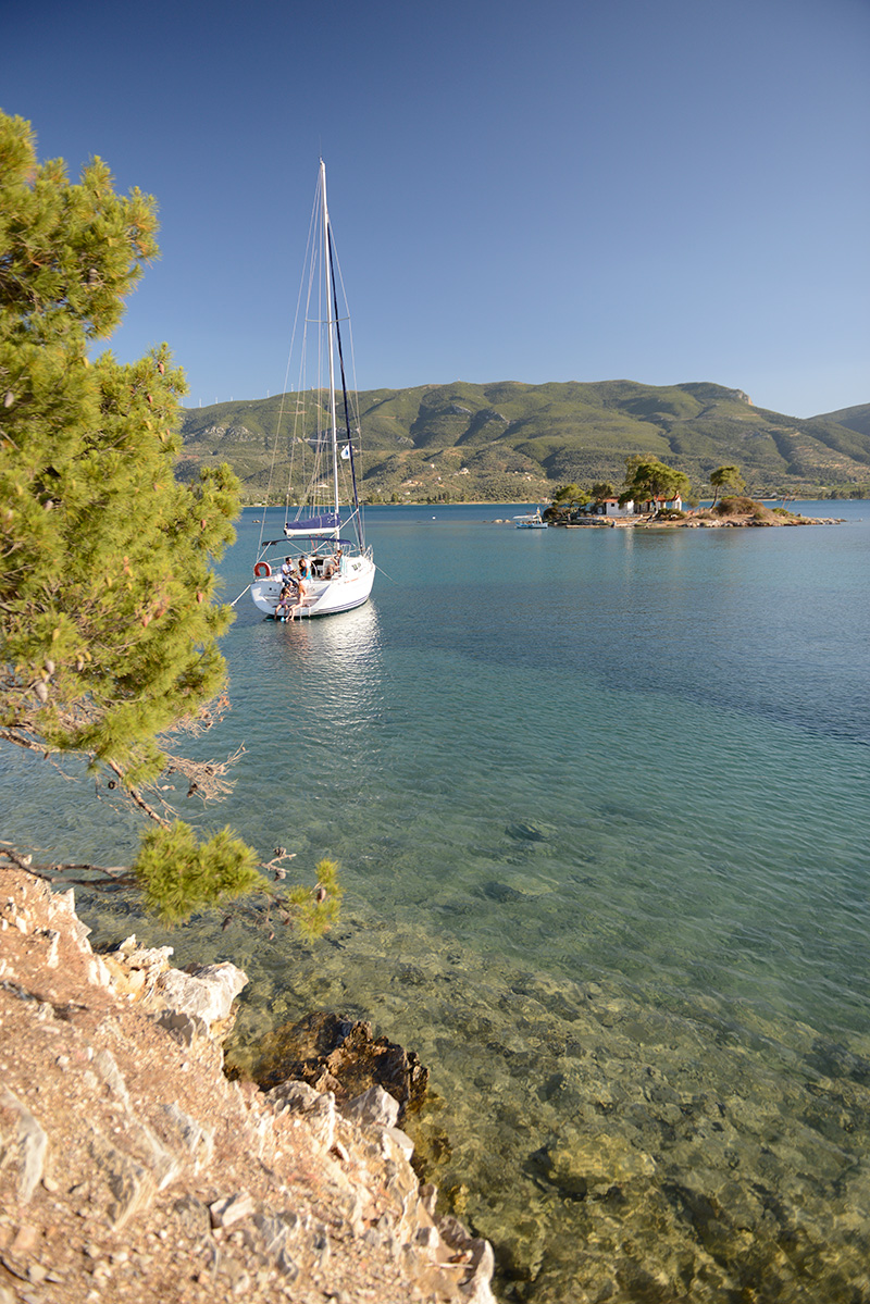 Romantic tip Valentine's Day sailing around Poros island Greece