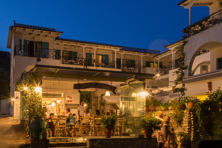 Romantic-tips-Valentines-Day-candlelight-dinner-Odyssey-Poros-Greece