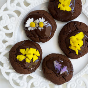 Vegan chocolate cookies with edible flowers Odyssey Poros Greece foodblog