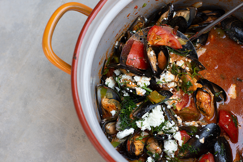 Greek mussels saganaki