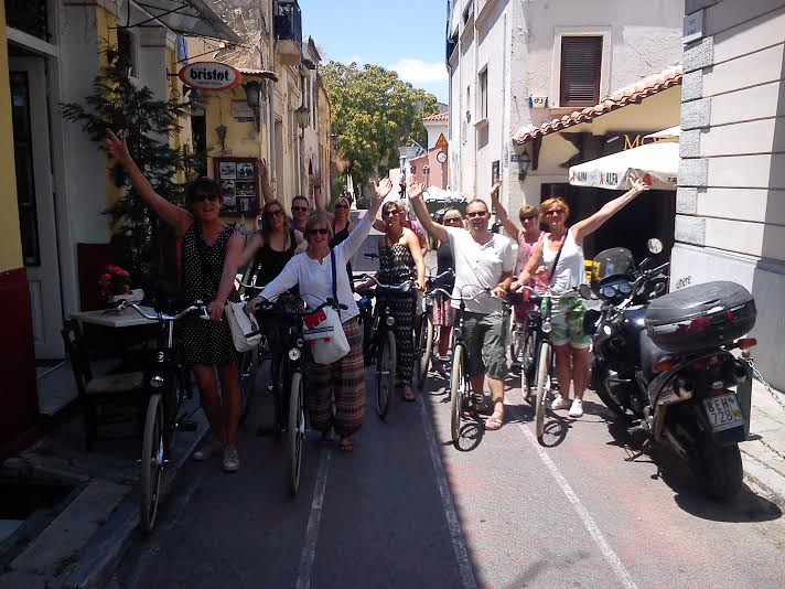 Athens-by-bike-with-lets-meet-in-athens