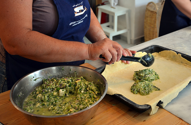 Making-the-zucchini-pie-with-homemade-filo