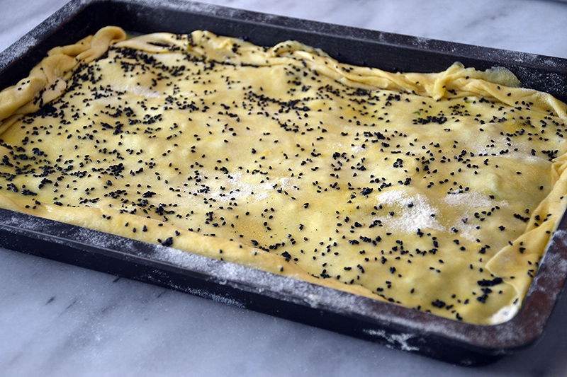Zucchini-pie-ready-for-the-oven