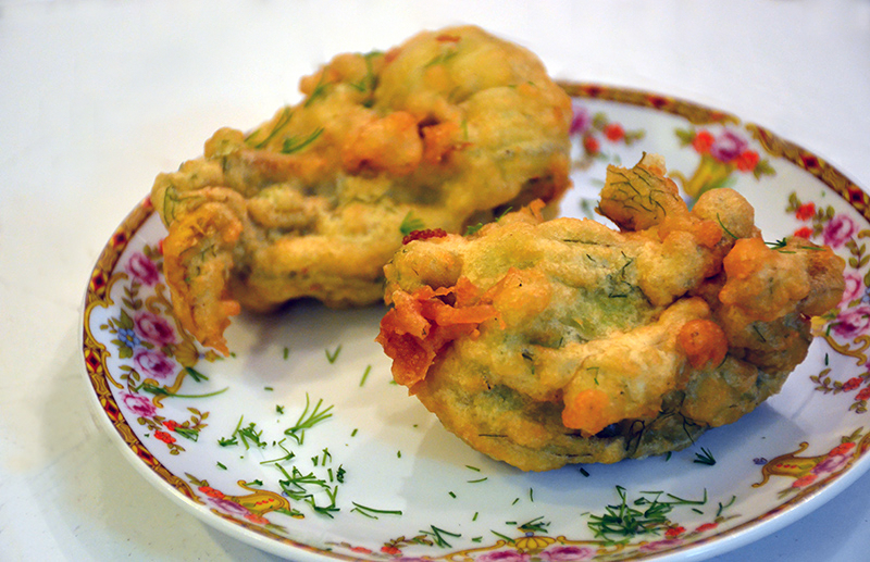 Greek-stuffed-zucchini-blossoms-from-poros