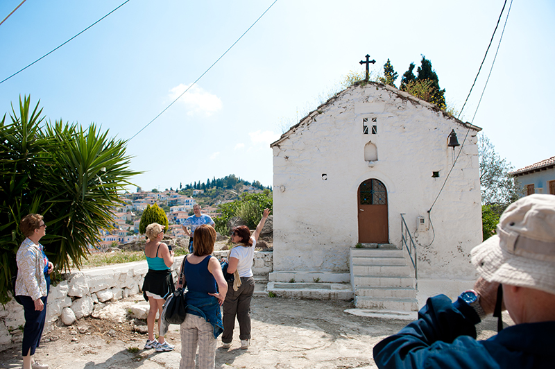 Historical walk Top 5 things to do on Poros Greece