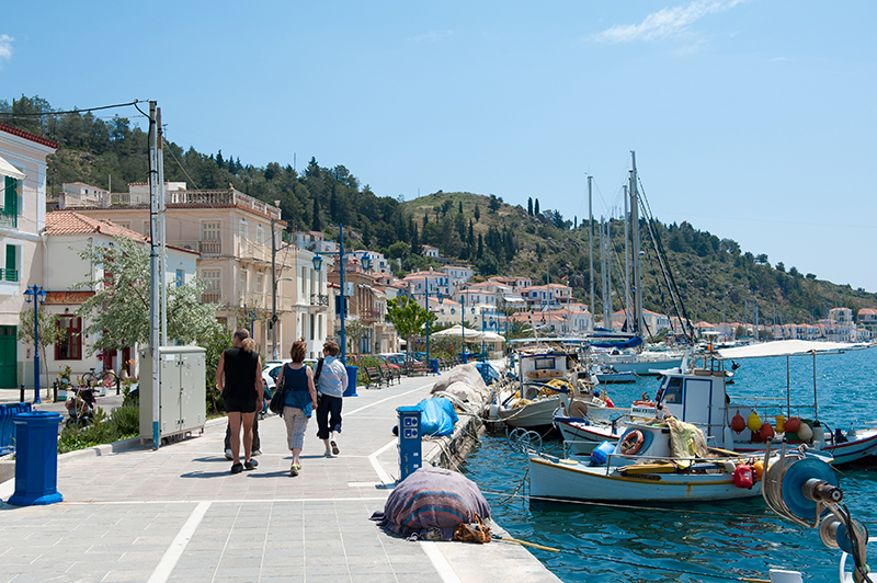 The harbour Poros-town