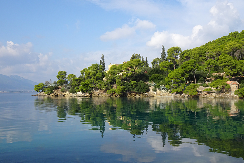 Hiking on Poros-island
