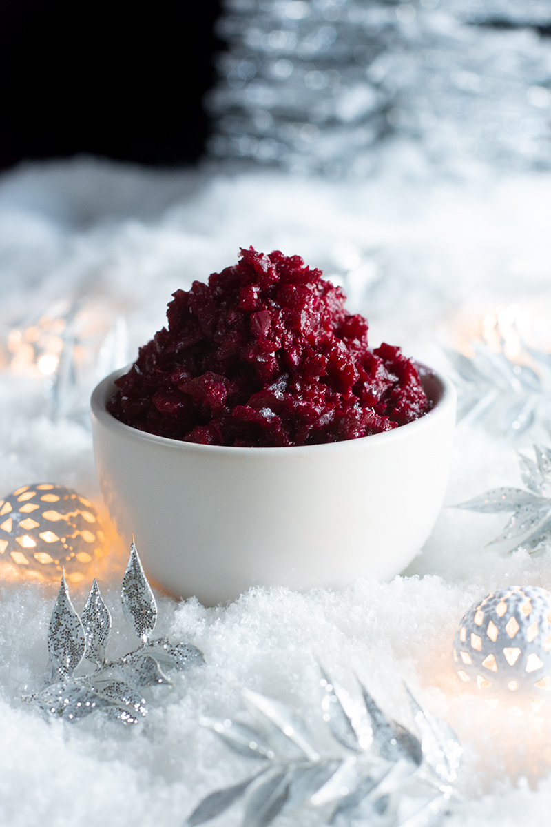 Christmas beetroot and almond dip